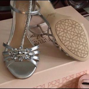 Badgley Mischka Shoes - Badgley Mischka Silver Crystal Embellished Heels!